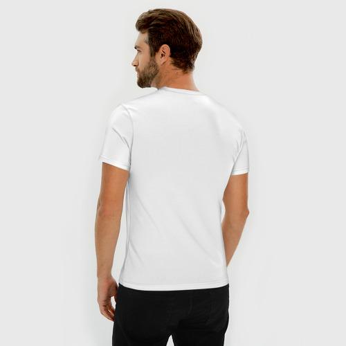Мужская футболка премиум  Фото 04, Кроссовки висят на шее
