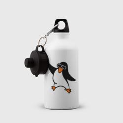 Пингвин танцует