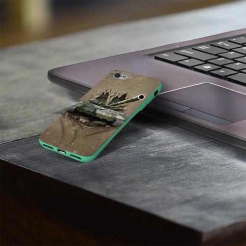 Чехол для Apple iPhone 8 силиконовый глянцевый Танк Фото 01