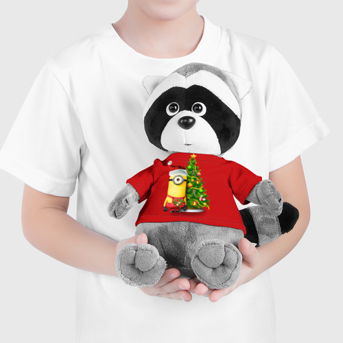 Енотик в футболке 3D Ёлка и миньон Фото 01