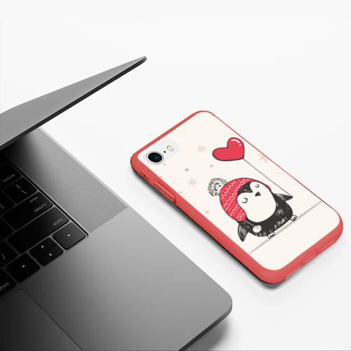 Чехол для iPhone 7/8 матовый Пингвин с шариком Фото 01