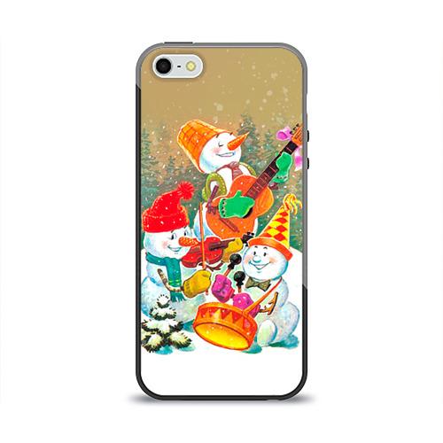 Чехол для Apple iPhone 5/5S силиконовый глянцевый Снеговики от Всемайки
