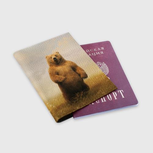 Обложка для паспорта матовая кожа  Фото 03, Медведь в поле