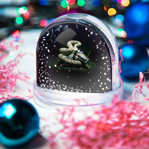 Водяной шар со снегом  Фото 03, Hitman