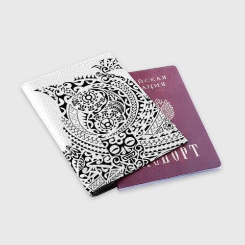 Обложка для паспорта матовая кожа  Фото 03, Узор на белом