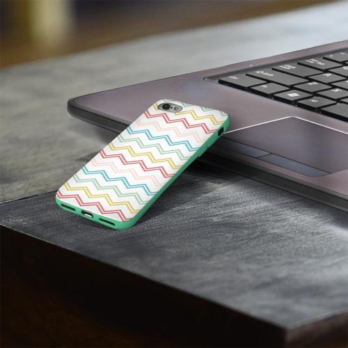 Чехол для Apple iPhone 8 силиконовый глянцевый Зигзаги Фото 01