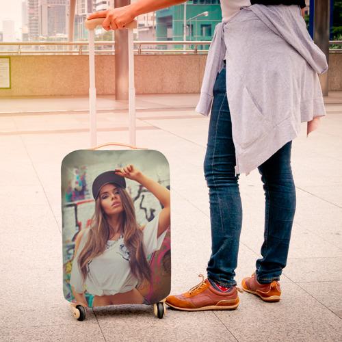 Чехол для чемодана 3D  Фото 04, Девушка в кепке