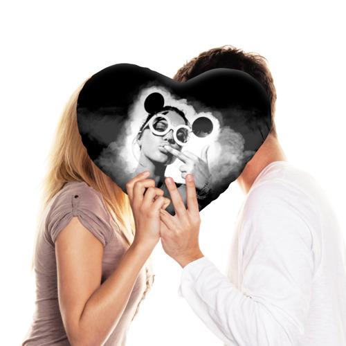 Подушка 3D сердце  Фото 03, Девушка в очках