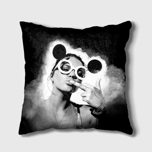Подушка 3D  Фото 01, Девушка в очках