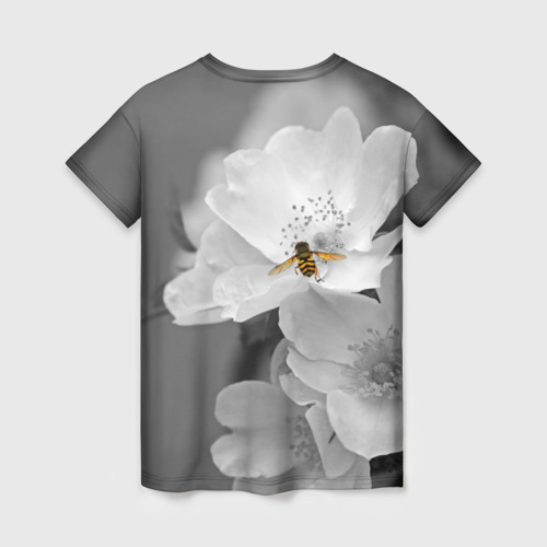 Женская футболка 3D Пчела на цветах Фото 01