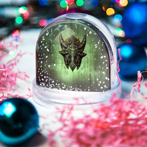Водяной шар со снегом  Фото 03, Чешуйчатый щит Дракона