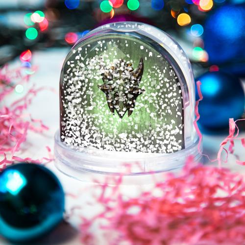 Водяной шар со снегом  Фото 04, Чешуйчатый щит Дракона