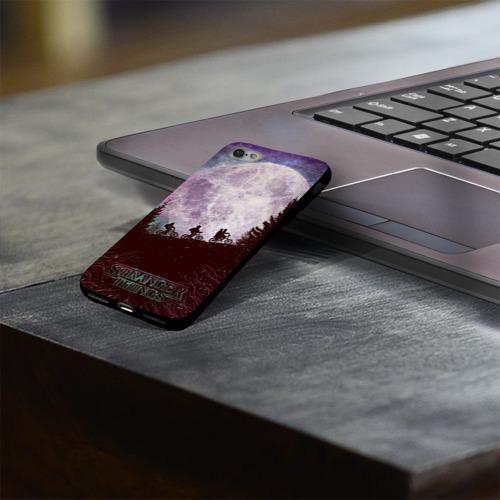 Чехол для Apple iPhone 8 силиконовый глянцевый Очень странные дела 3 Фото 01