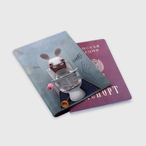 Обложка для паспорта матовая кожа Кролик с газетой Фото 01