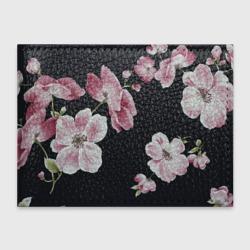 Цветы на черном фоне