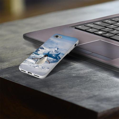 Чехол для Apple iPhone 8 силиконовый глянцевый  Фото 03, Пингвин в горах