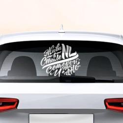 наклейка логотипом фольксваген на задние стекло автомобиля
