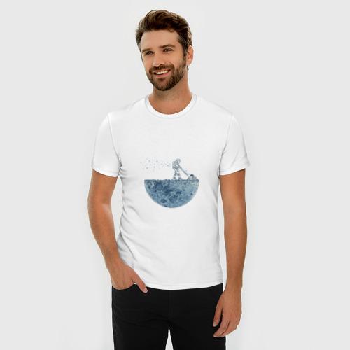Мужская футболка премиум  Фото 03, Стрижет луну