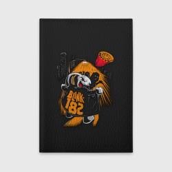 Заяц эксгибиционист Blink-182