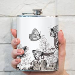 Полевые цветы и бабочки