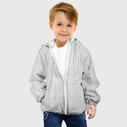 Вязаный свитер белый
