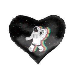 Космонавт с магнитофоном