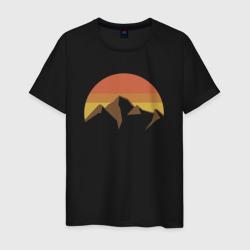 Вершины гор и осеннее солнце