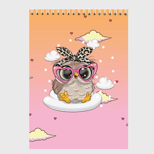 Милая сова на облачках