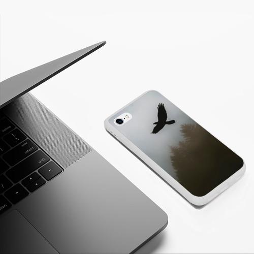 Чехол для iPhone 6/6S матовый Орёл над лесом Фото 01