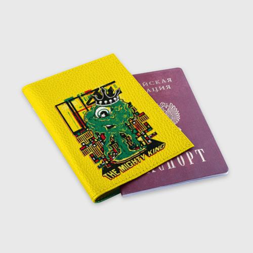 Обложка для паспорта матовая кожа Могущественный король Фото 01