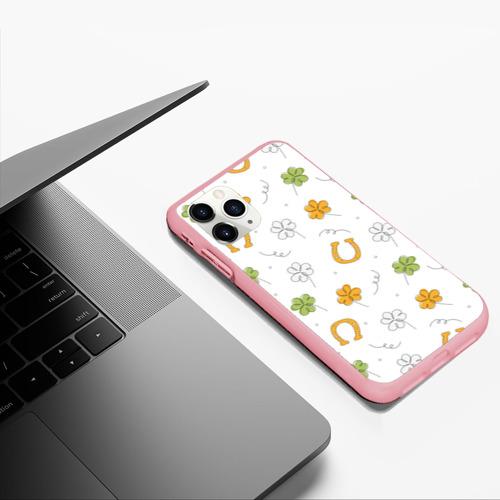 Чехол для iPhone 11 Pro Max матовый Клевер на День святого Патрика Фото 01